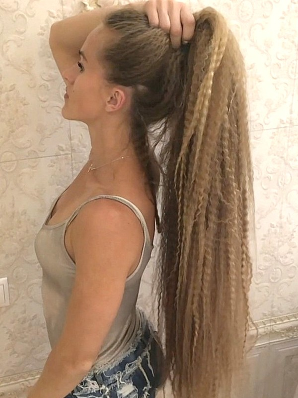 VIDEO - Long, crimped hair