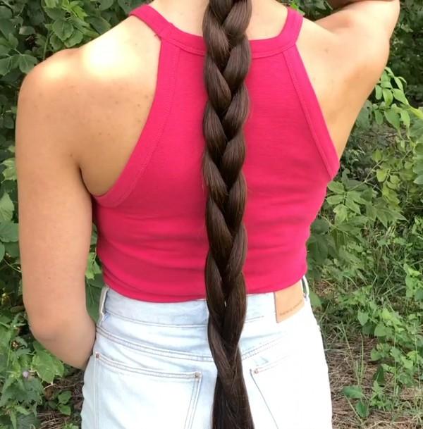 VIDEO - Pink brunette