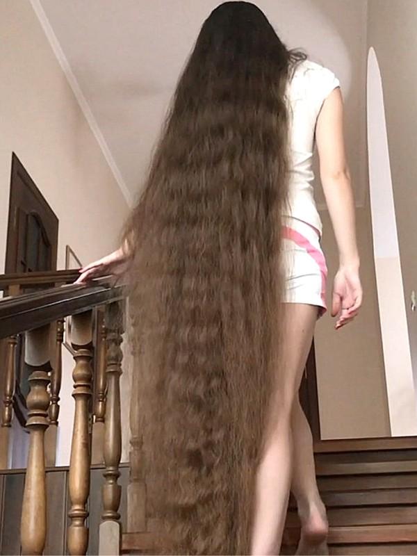 VIDEO - Hair stair