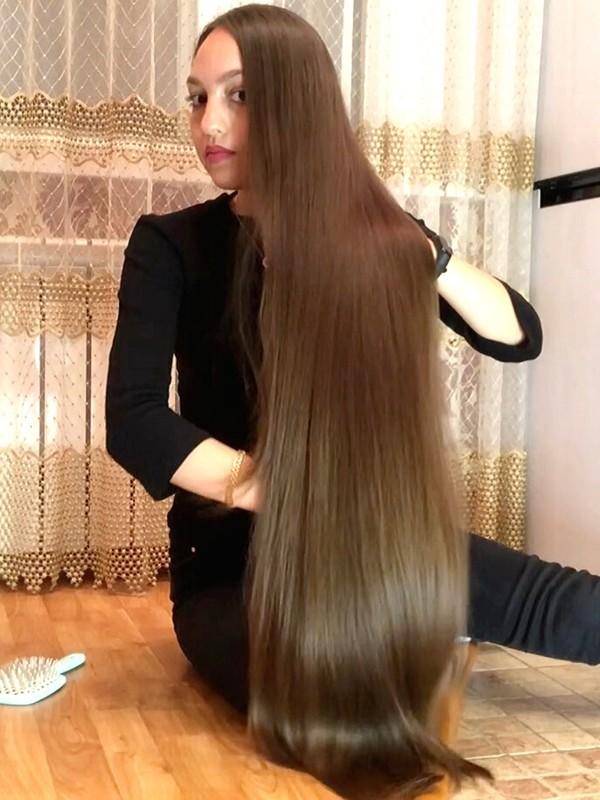 VIDEO - Alina's floor show