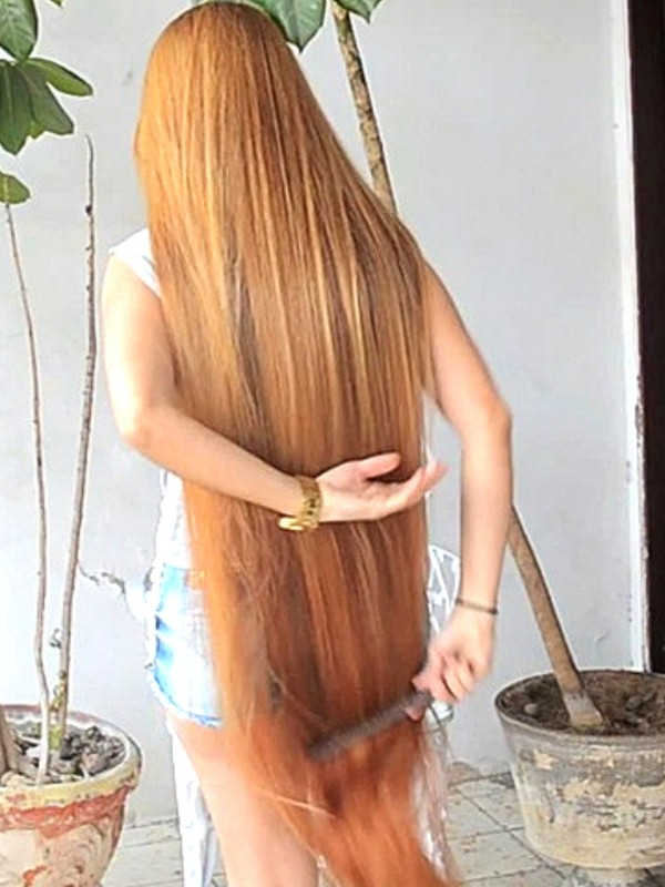 VIDEO - Brazilian Rapunzel´s silk