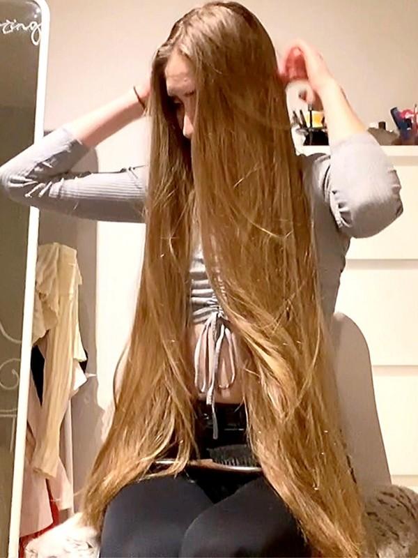 VIDEO - Healthy, luxurious hair