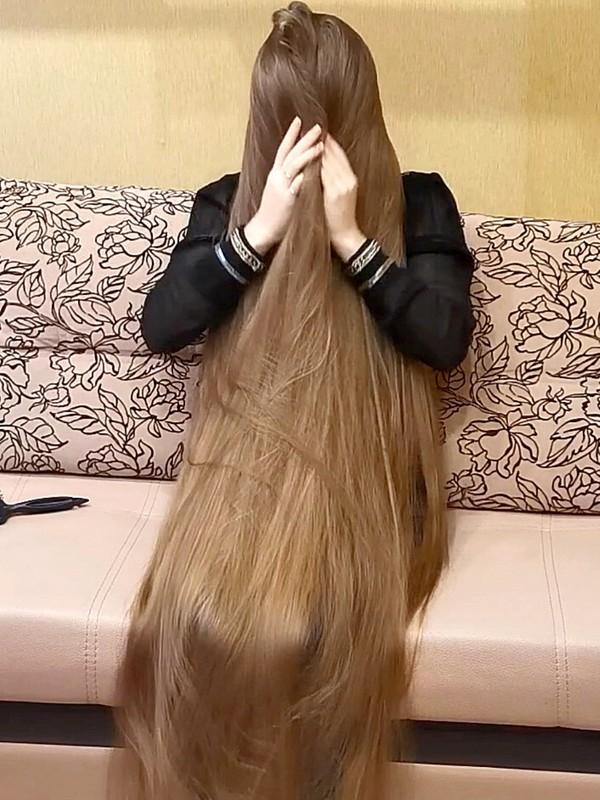 VIDEO - So much blonde hair