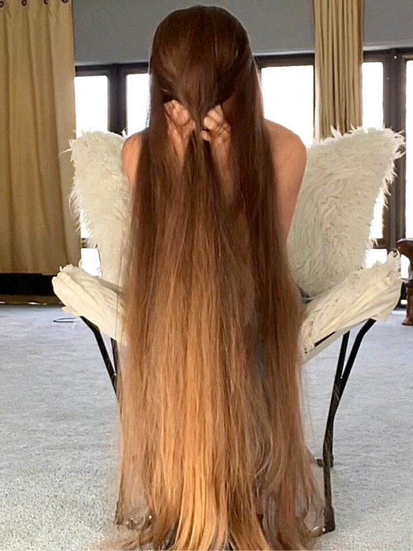 VIDEO - Cousin Itt in Real Life