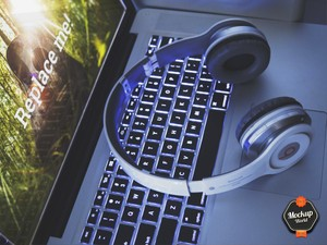MacBook and Headphones Mockup (PSD)