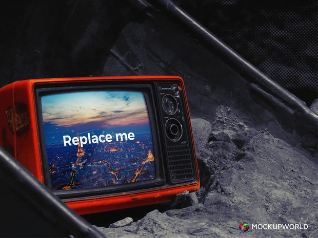 Old TV Mockup (PSD)