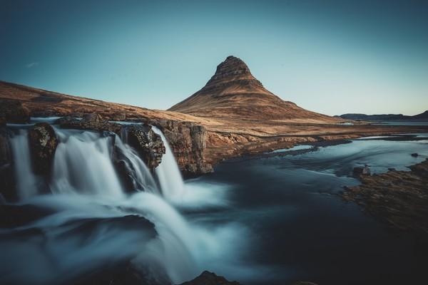 Kirkjufell and the waterfall