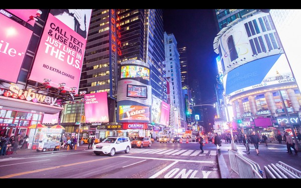 0046 NEW YORK MANHATTAN TIMES SQUARE NIGHT