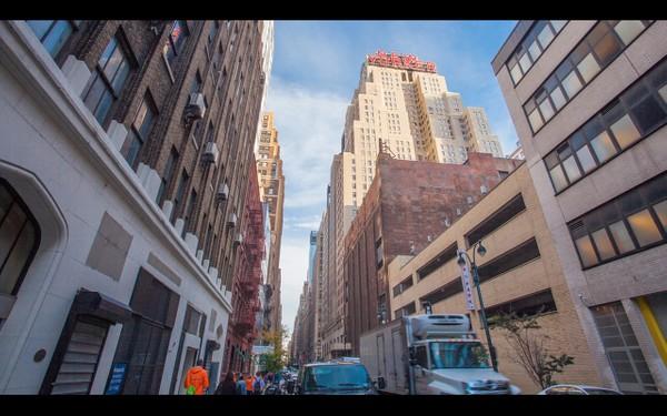 0058 NEW YORKER