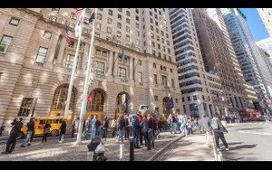 0054 NEW YORK MANHATTAN WALL STREET