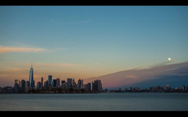 0047 NEW YORK SUNSET
