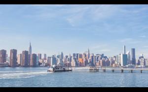 0042 NEW YORK DAY