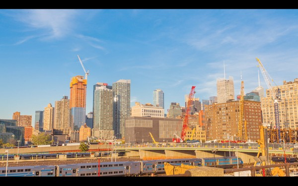 0040 NEW YORK MANHATTAN DAY