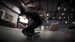 Roland FA Custom Screensaver (Skateboarding: Chris Cole)