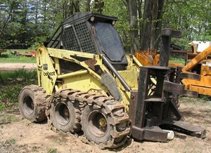 GEHL CTL60 Compact Track Loader Service Repair Manual on gehl ctl 75 specs, gehl ctl70,