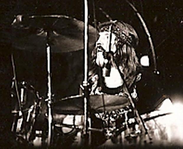 John Bonham 'Fool In The Rain' Shuffle play along Video +PDF