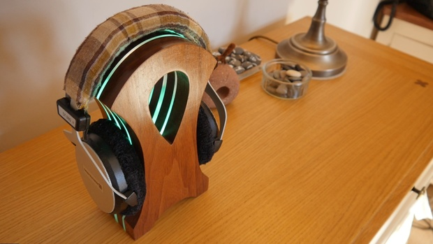 SVG Source Files for the Spectrum Dock Headphone Stand by DIY Perks