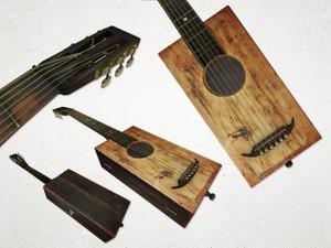 Antique Box Guitar - 3D Model