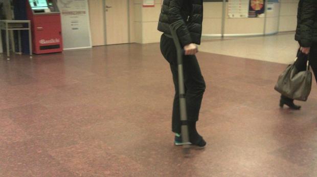 (Video 4:03) Italian crutching 1