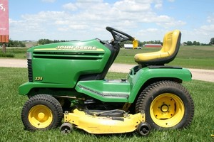 John Deere 325, 335 and 345 Lawn and Garden Tractors Service Repair Technical Manual