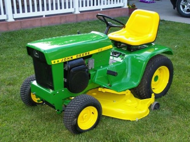 John Deere 110 and 112 Lawn and Garden Tractors Service Repair Technical Manual
