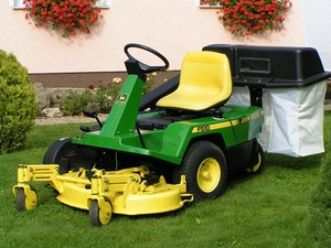 John Deere F510 and F525 Residential Front Mowers Service Repair Technical Manual