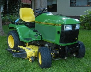 John Deere 425, 445, and 455 Lawn and Garden Tractors Service Repair Technical Manual