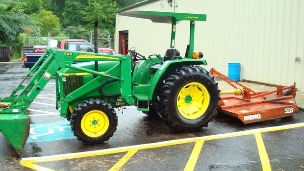 John Deere 990 Compact Utility Tractor Service Repair Technical Manual[TM1848 (27Jul00)]