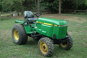 John Deere 655, 755, 855, 955, 756 and 856 Compact Utility Tractors Technical Manual