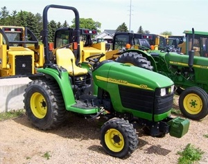 John Deere 4110 and 4115 Compact Utility Tractors Service Repair Technical Manual