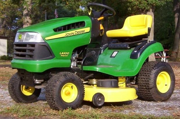 John Deere LA100,LA110,LA120,LA130,LA140 Lawn Garden Tractor Service Repair Technical Manual