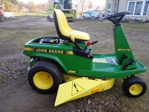 John Deere GX70, GX75, GX85, SX85 GX95, SRX75 and SRX95 Riding Mowers Technical Manual