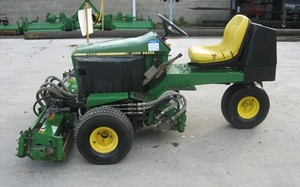 John Deere 2653 Professional Utility Mower Service Repair Technical Manual [TM1533 (01JAN95)]
