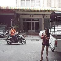 Cigar in the street in Thailand