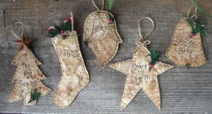 #394 Christmas Stitchery ornaments e pattern