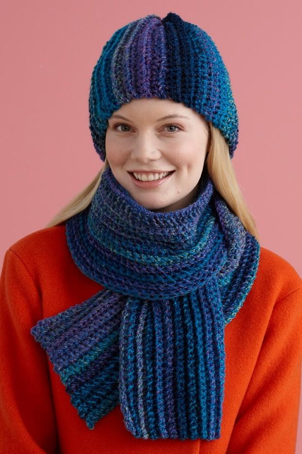 Easy Painted Yarn Hat & Scarf