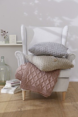 Seed Textured Pillows
