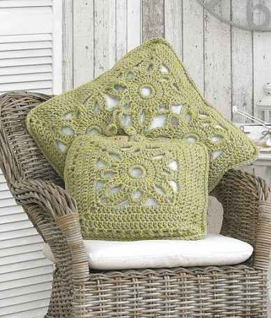 Nordic Lace Super Chunky Pillows