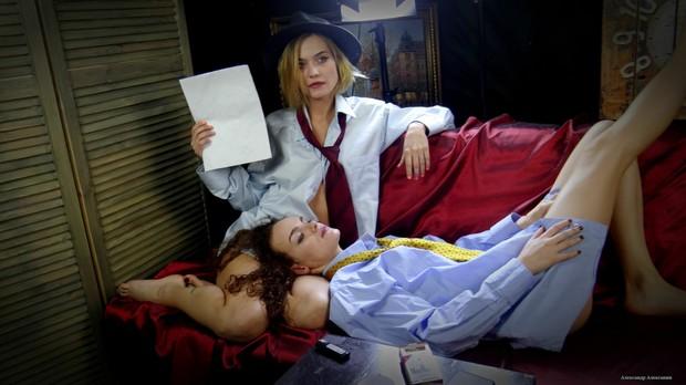 Smoking Models & Actresses Inga & Julia.