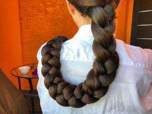 Hair spa oil. Braid in oil. 13 minutes