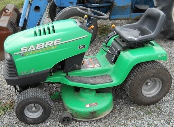 John Deere Sabre Yard Tractors 1842GV & 1842HV Technical Repair Manual TM-1740