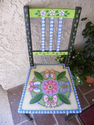 e550 Butterflies and Blooms Chair