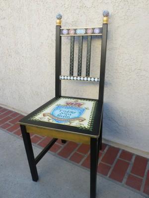 e475 The Royal Seat