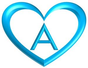 heart-shaped-printable-alphabet-letter-blue-white