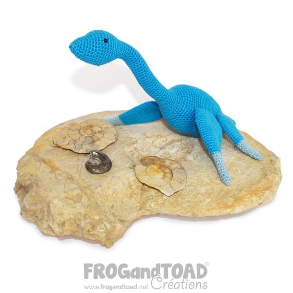 Plesiosaurus - Loch Ness Monster - Amigurumi Crochet - FROGandTOAD Créations