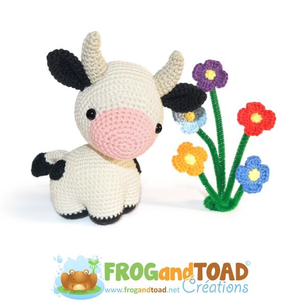 PETRA - the Cow / la Vache - Amigurumi Crochet - FROGandTOAD Créations