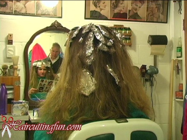 Debbie's Blonde Highlights and Trim - VOD Digital Video on Demand