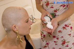 188 Photos of Kat Shaving Leslie's Head Bald