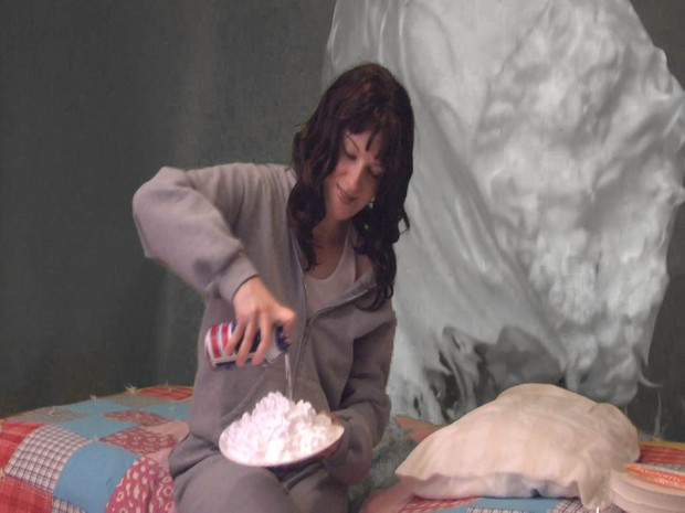 Self Pieing - Five Pies in the Face! - Digital Video Download - VOD