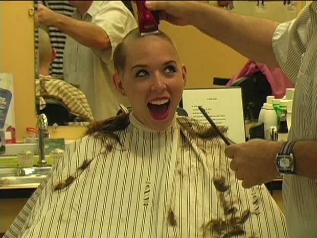Judebox Jenny's Head Shave at the Too Hot for Hair Show